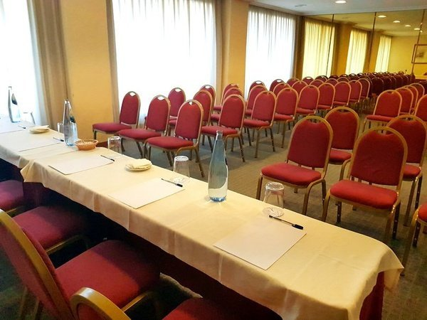 Moncloa meting room hotel faranda florida norte madrid